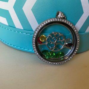 Jewelry - Tree of Life Locket
